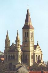Kostel_Hosin